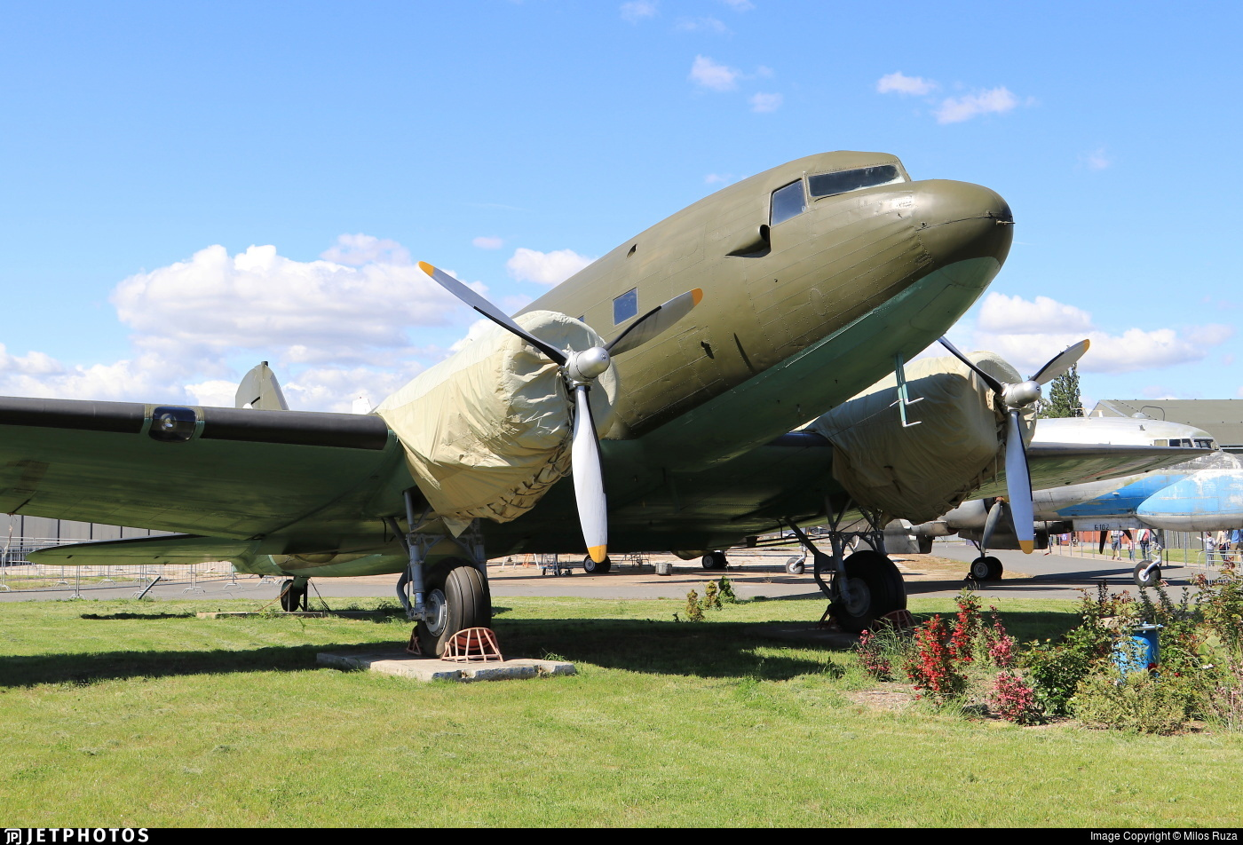 D-21 - Douglas DC-3A - Czechoslovakia - Air Force