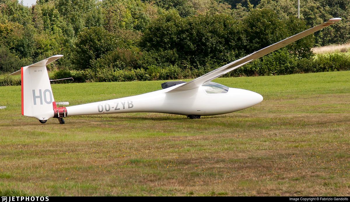 OO-ZYB - Glasflugel H205 Club Libelle - Private