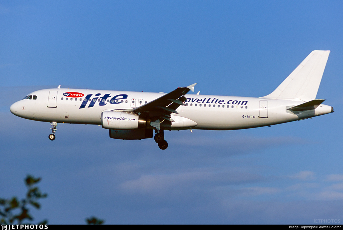 G-BYTH - Airbus A320-231 - MyTravel Lite