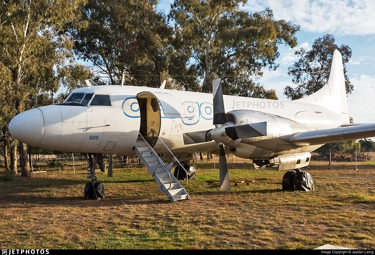 VH-PDW - Convair CV-580 - Historical Aircraft Restoration Society (HARS)