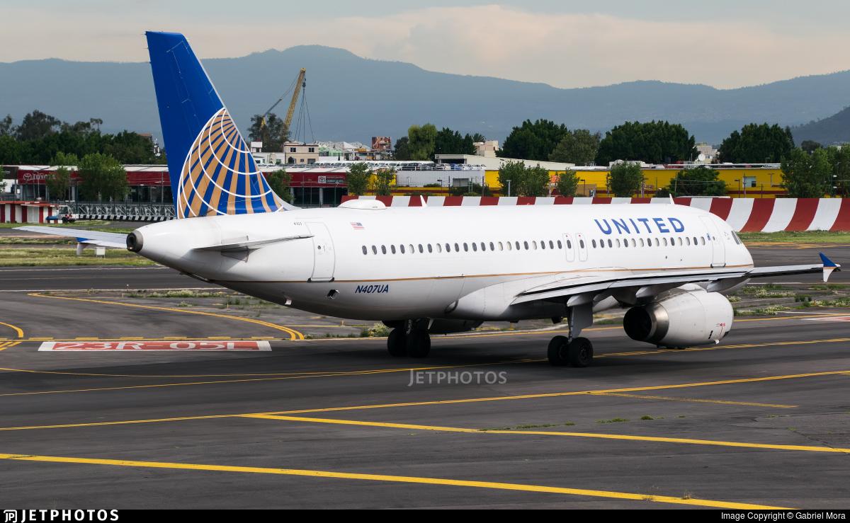 N407UA - Airbus A320-232 - United Airlines