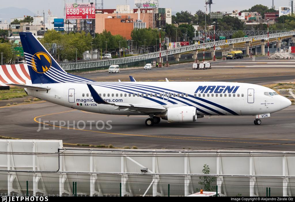 XA-VCN - Boeing 737-3H4 - Magnicharters