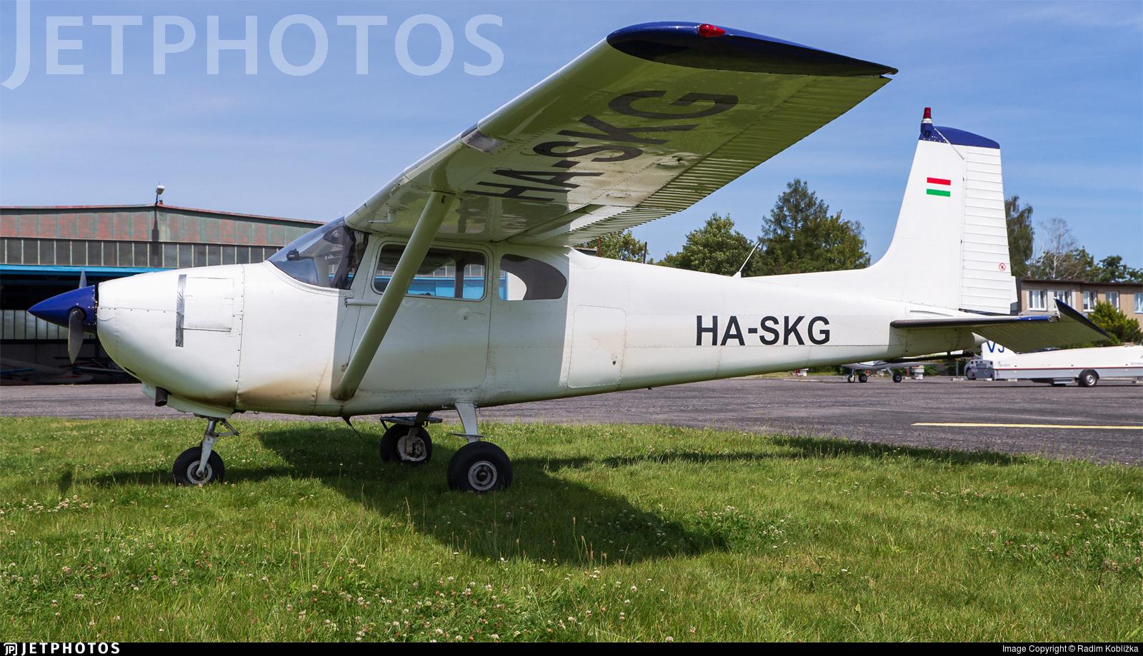 HA-SKG - Cessna 182A Skylane - Private