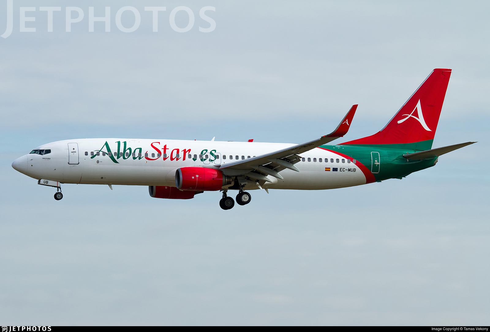 EC-MUB - Boeing 737-86J - AlbaStar