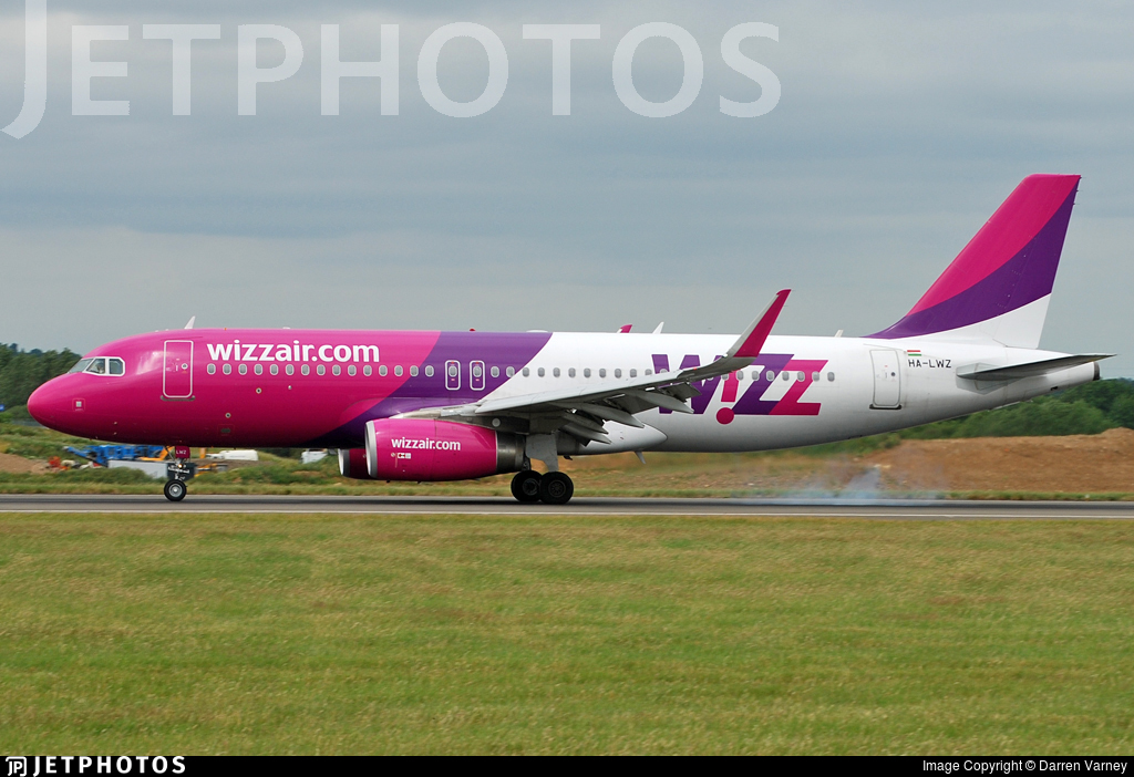 HA-LWZ - Airbus A320-232 - Wizz Air