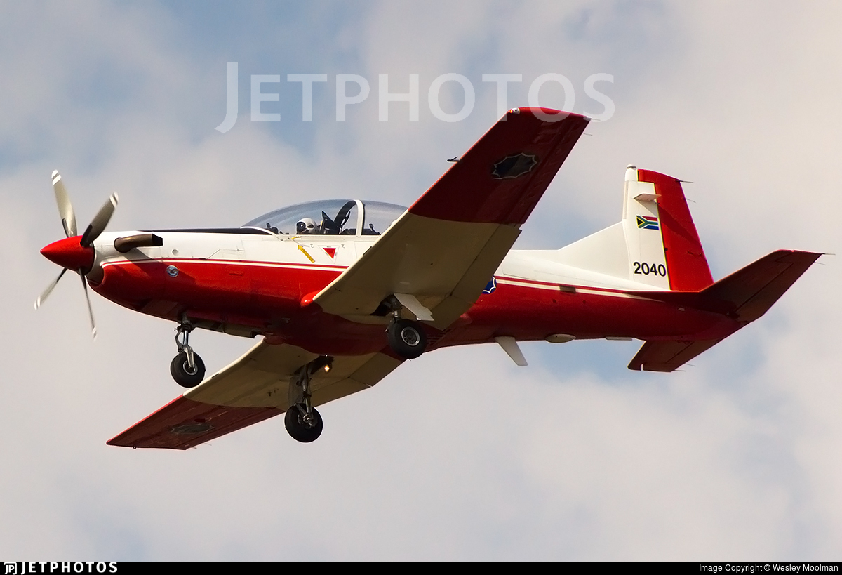2040 - Pilatus PC-7 Mk.II - South Africa - Air Force
