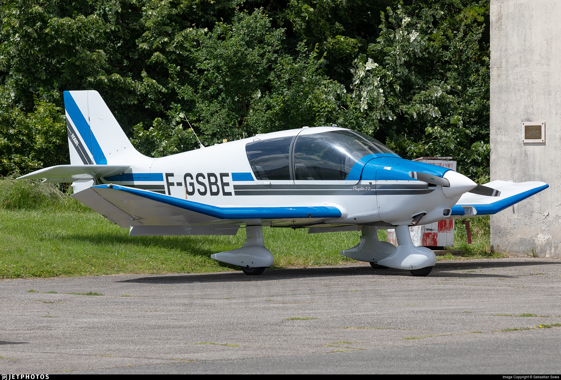 F-GSBE - Robin DR400/120 Petit Prince - Private
