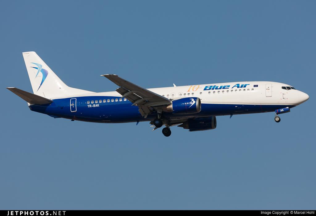 YR-BAK - Boeing 737-430 - Blue Air