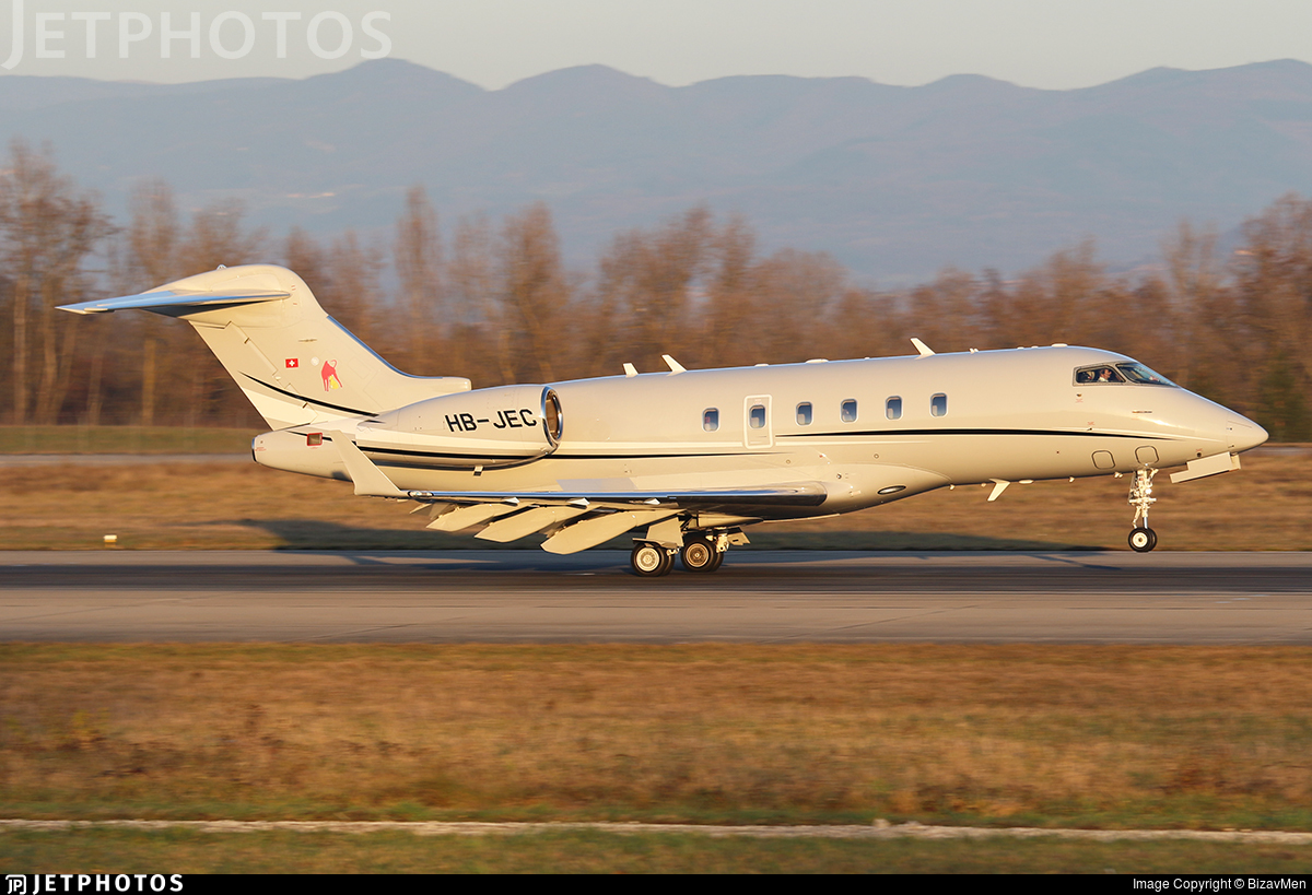 HB-JEC - Bombardier BD-100-1A10 Challenger 300 - Private