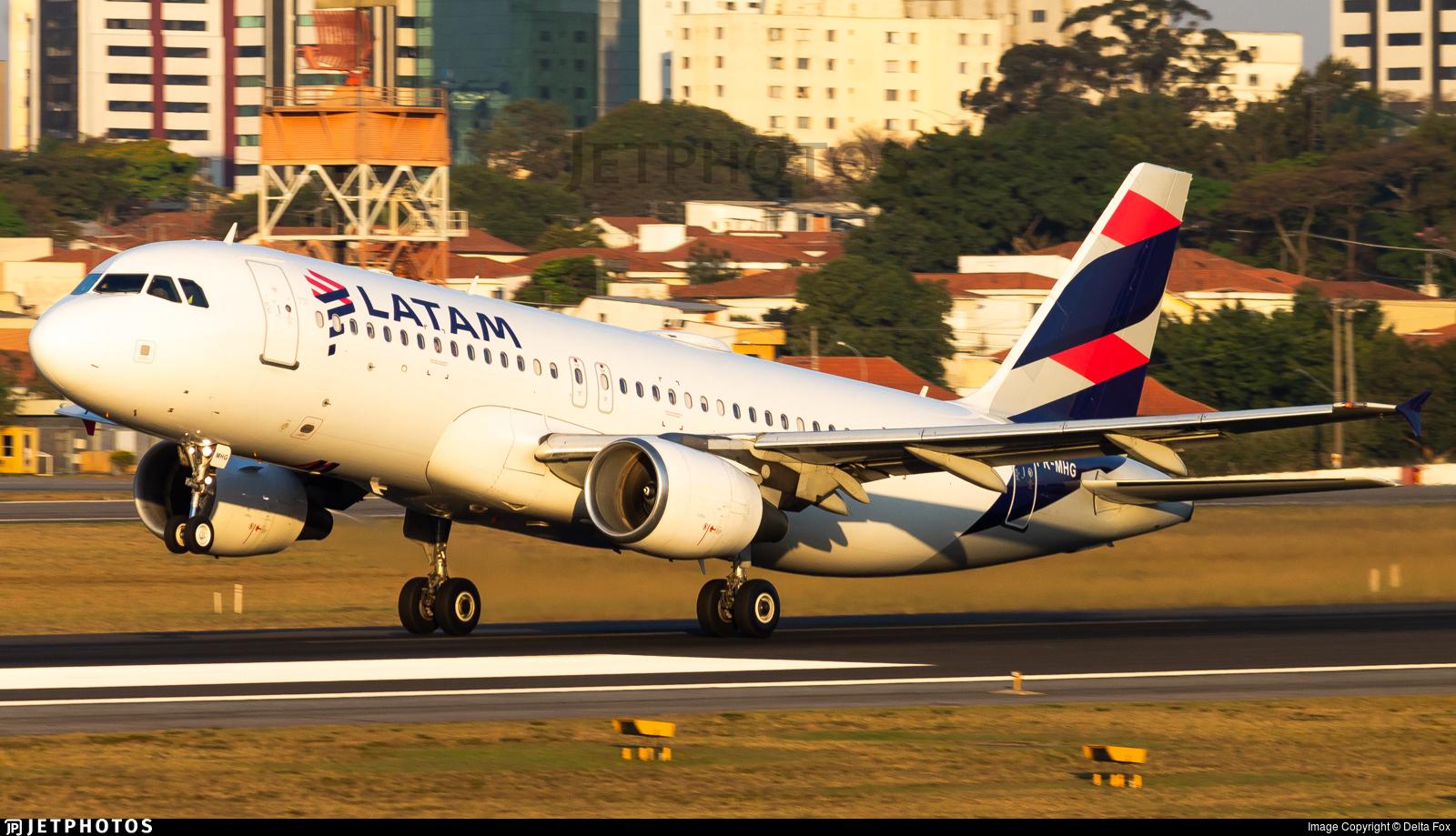 PR-MHG - Airbus A320-214 - LATAM Airlines