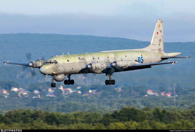 RF-75333 - Ilyushin IL-38 May - Russia - Navy