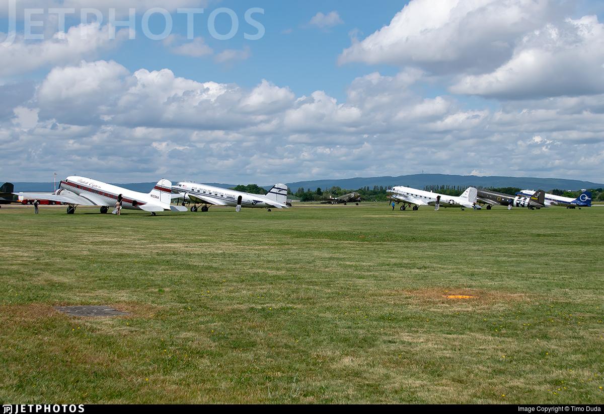 ETOU - Airport - Ramp