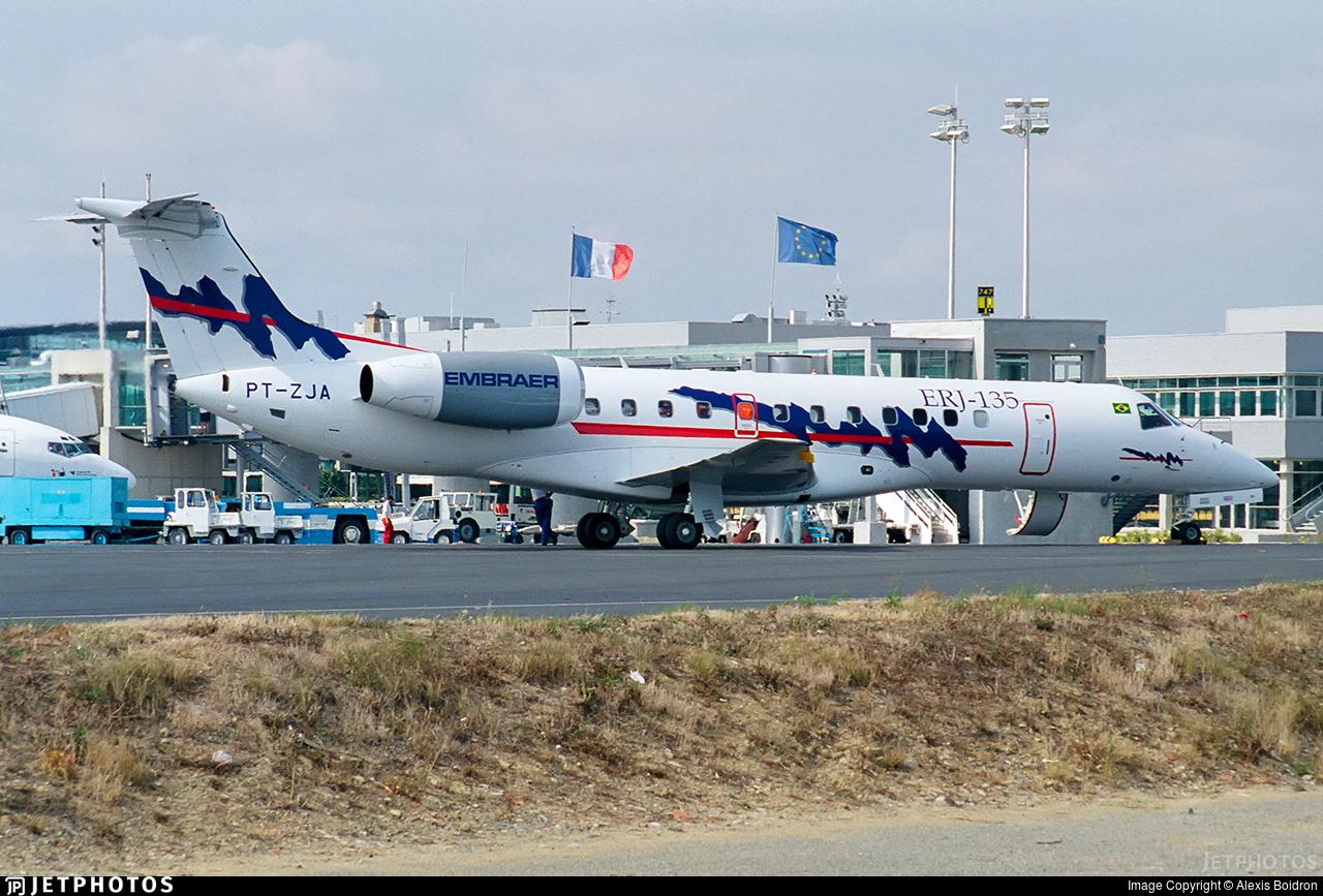 PT-ZJA - Embraer ERJ-135ER - Embraer
