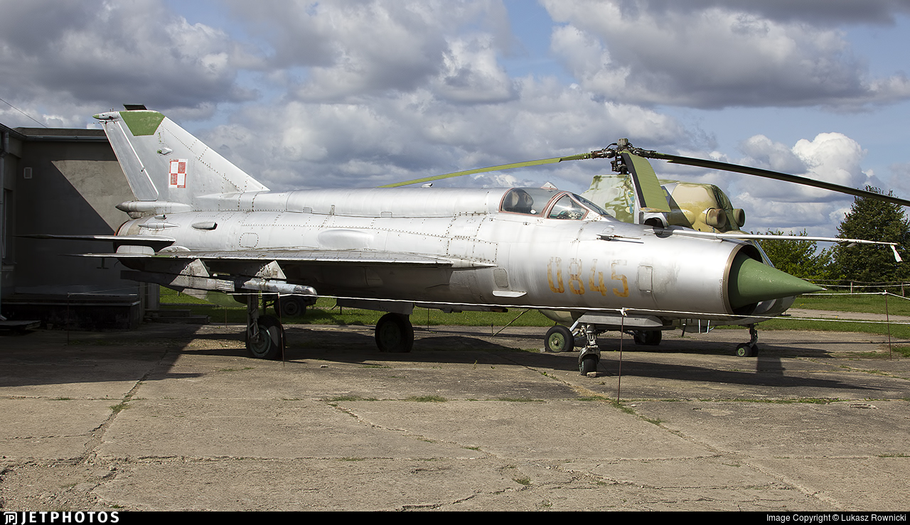 0845 - Mikoyan-Gurevich MiG-21bis Fishbed L - Poland - Air Force