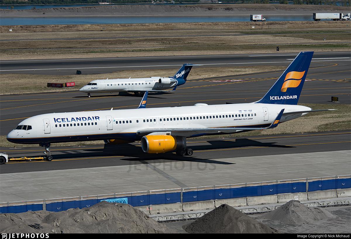 TF-ISF - Boeing 757-223 - Icelandair