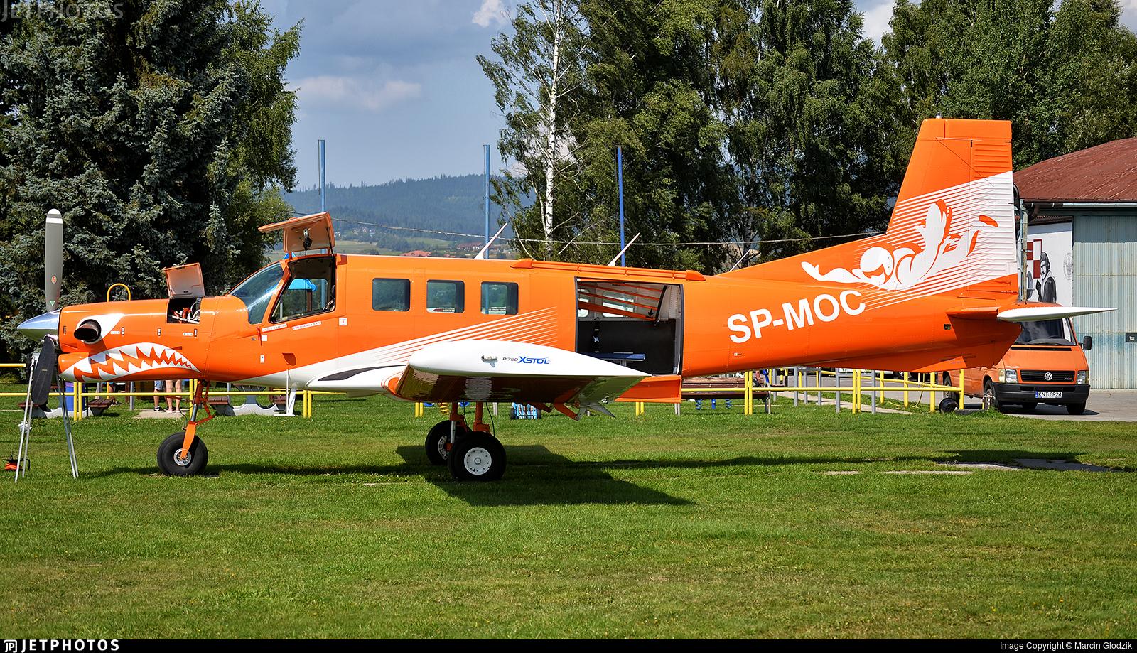 SP-MOC - Pacific Aerospace P-750 XSTOL - Szkola Spadochronowa Skoczek