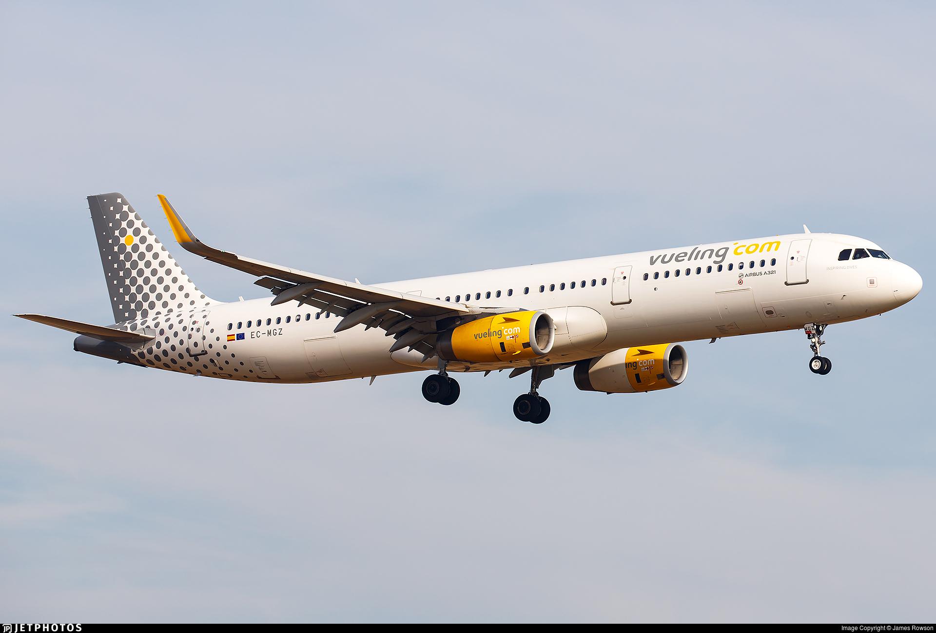 EC-MGZ - Airbus A321-231 - Vueling
