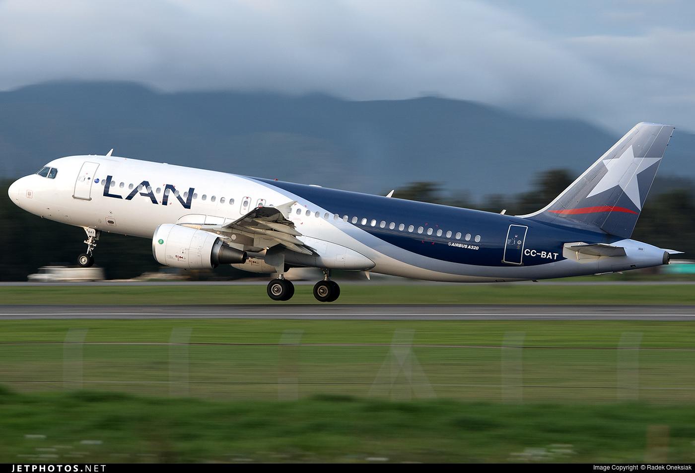 CC-BAT - Airbus A320-214 - LAN Airlines