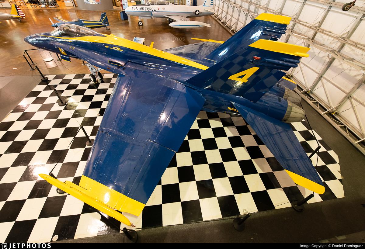 163435 - McDonnell Douglas F/A-18C Hornet - United States - US Navy (USN)