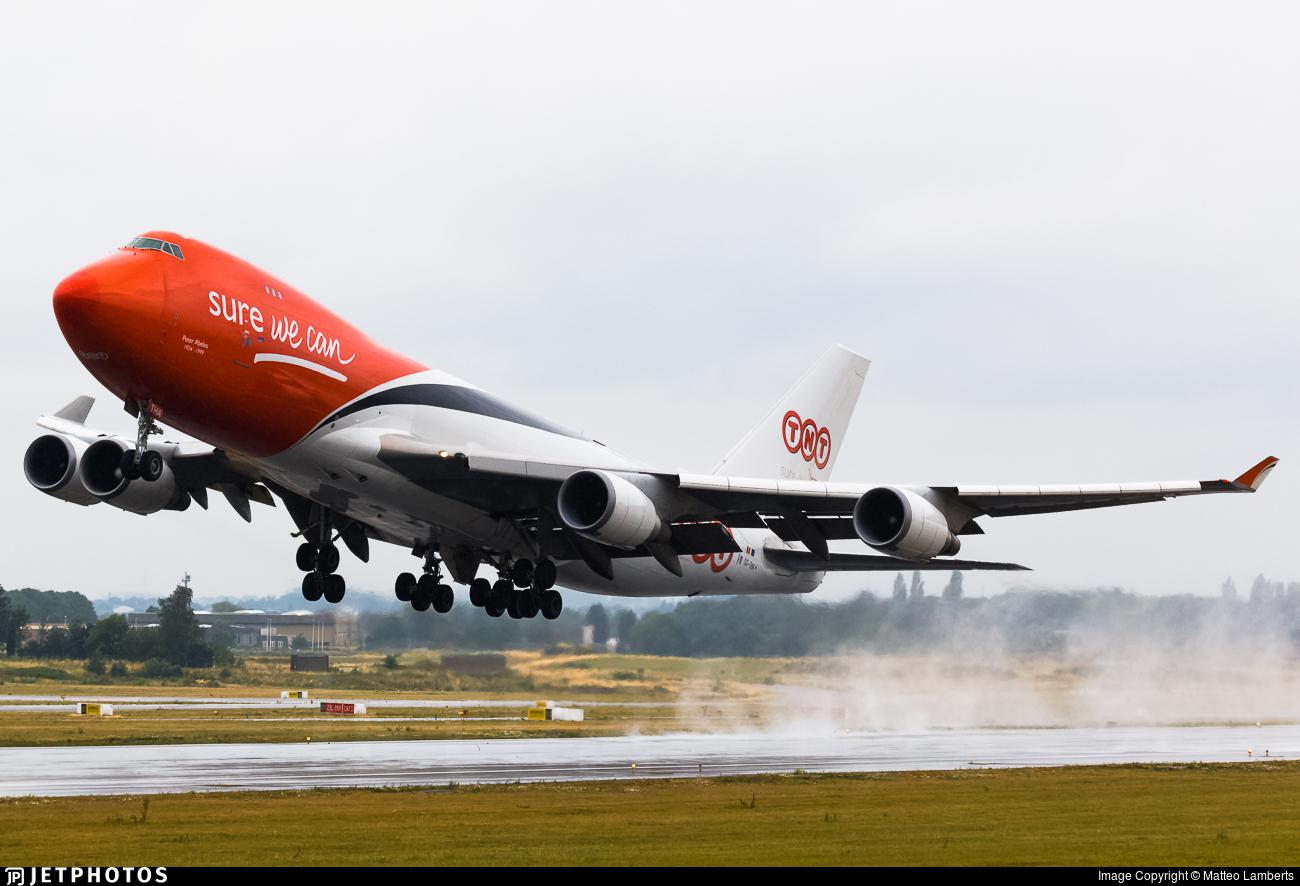 OO-THA - Boeing 747-4HAERF - TNT (ASL Airlines)