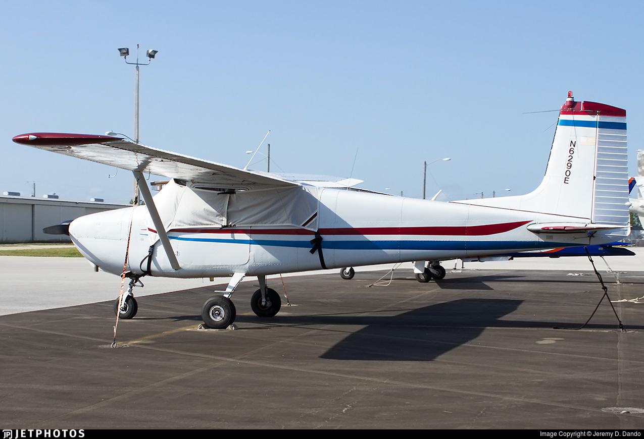 N6290E - Cessna 172 Skyhawk - Private