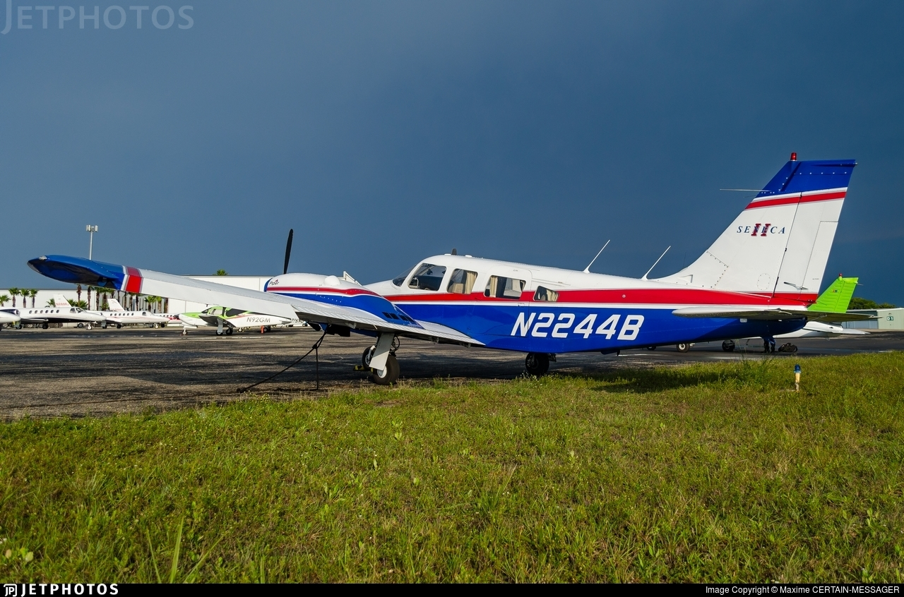 N2244B - Piper PA-34-200T Seneca II - Cirrus Aviation