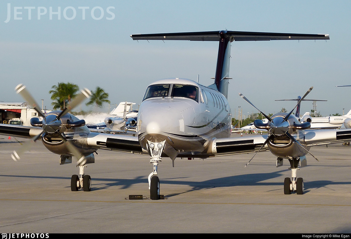 N199MH - Beechcraft B200 Super King Air - Private