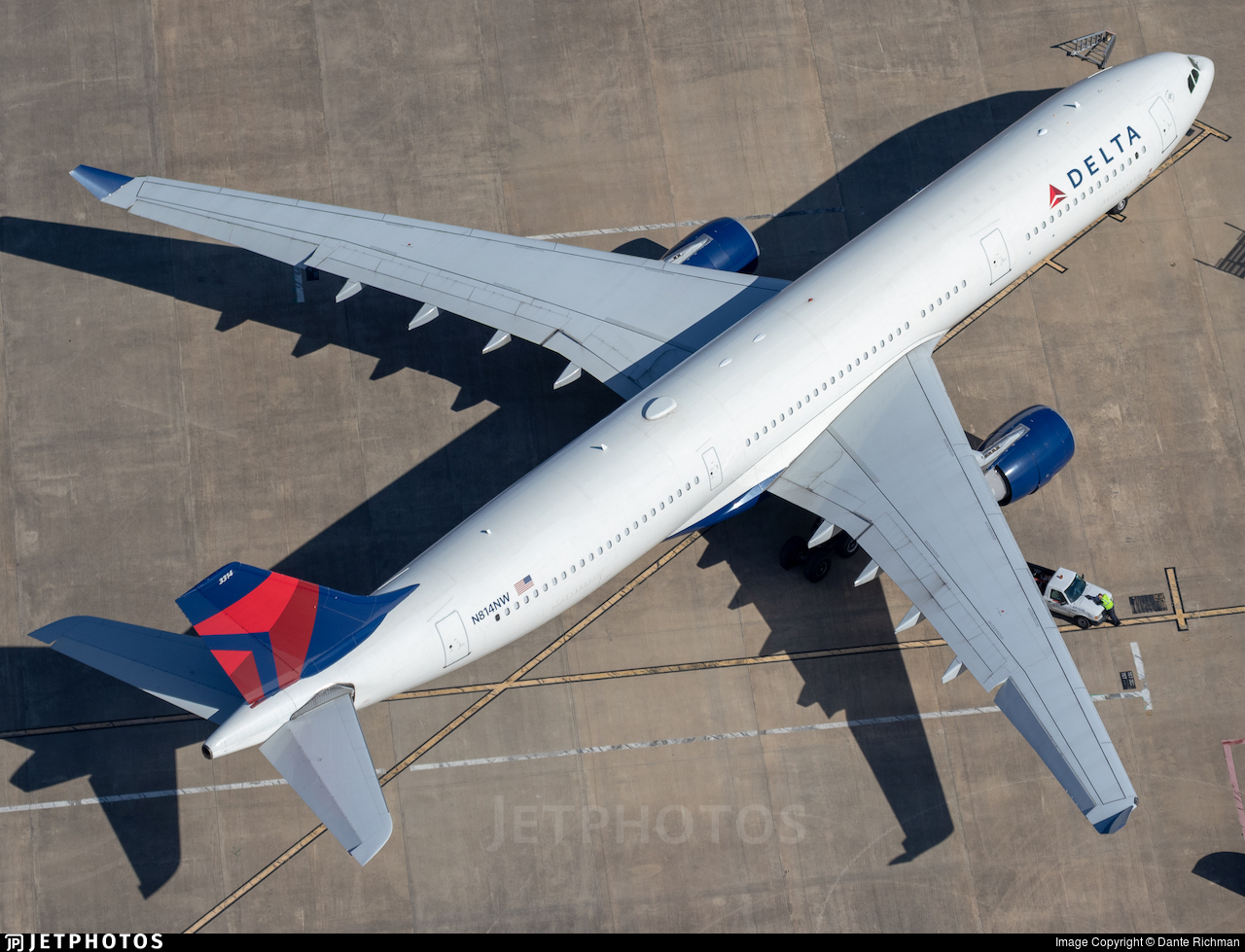 N814NW - Airbus A330-323 - Delta Air Lines