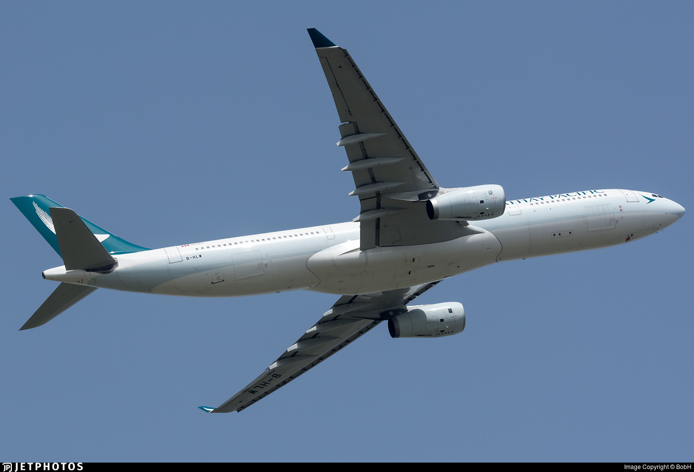 B-HLW - Airbus A330-343 - Cathay Pacific Airways