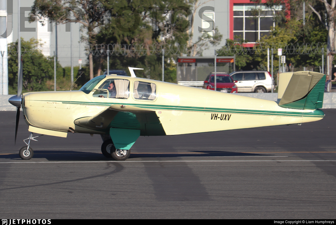 VH-UXV - Beechcraft 35 Bonanza - Private