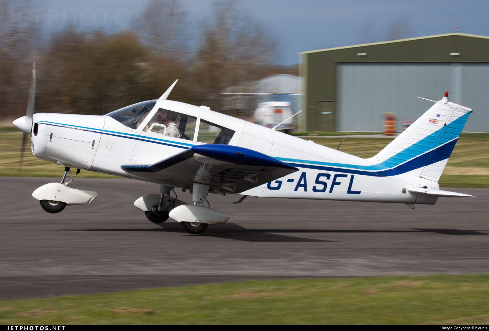 G-ASFL - Piper PA-28-180 Cherokee B - Private