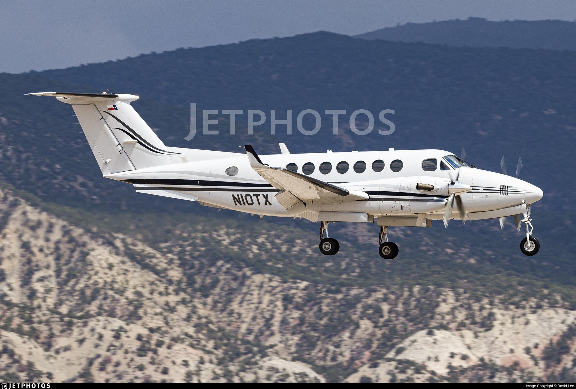 N10TX - Beechcraft 300 Super King Air - Private