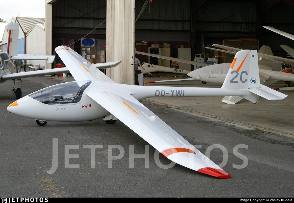 OO-YWI - PZL Swidnik PW-5 - Private