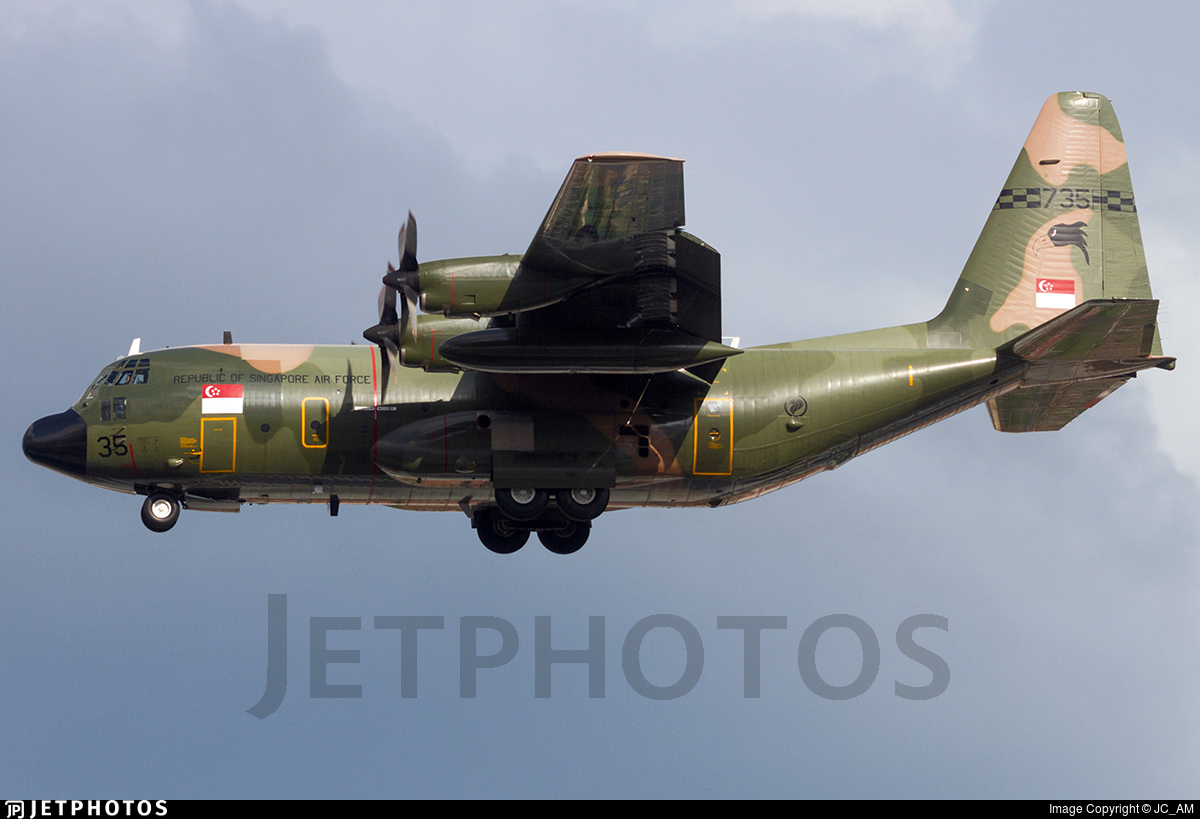 735 - Lockheed C-130H Hercules - Singapore - Air Force