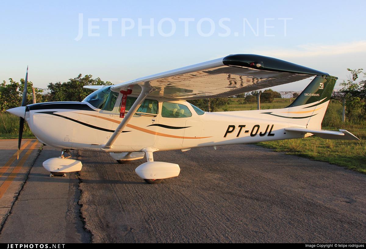 PT-OJL - Cessna 172P Skyhawk II - Escola de Aviação Civil de São João Nepomuceno