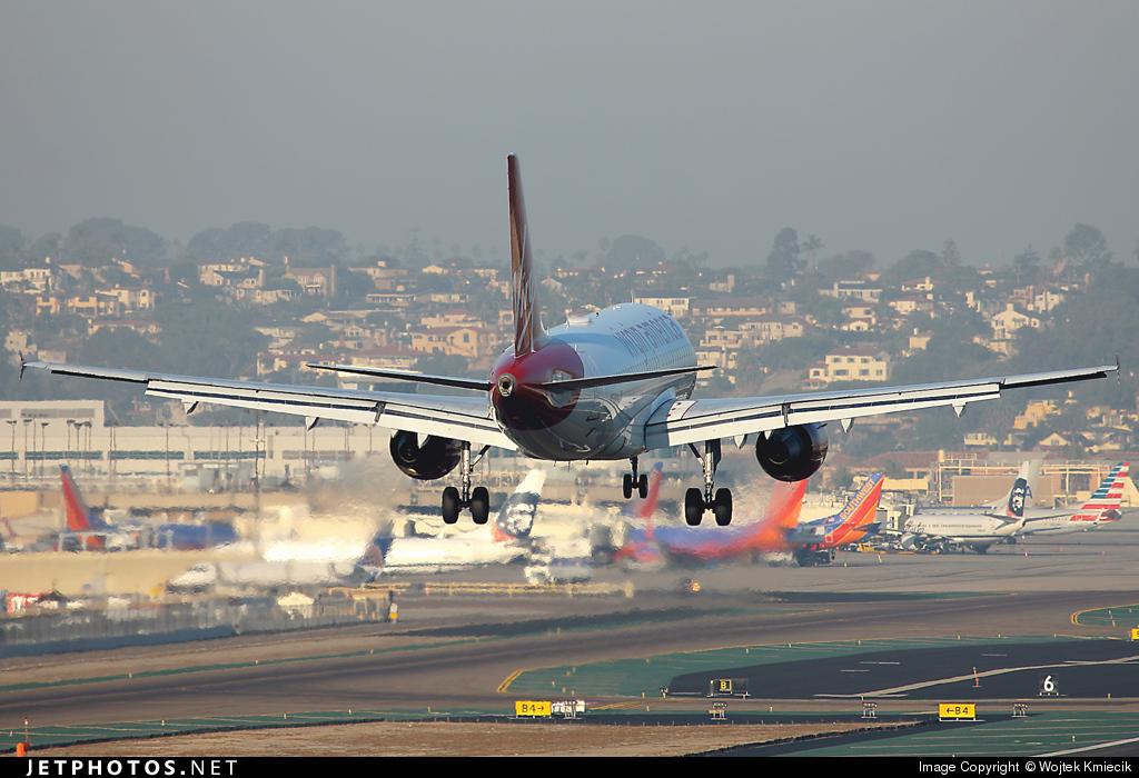 N526VA - Airbus A319-112 - Virgin America