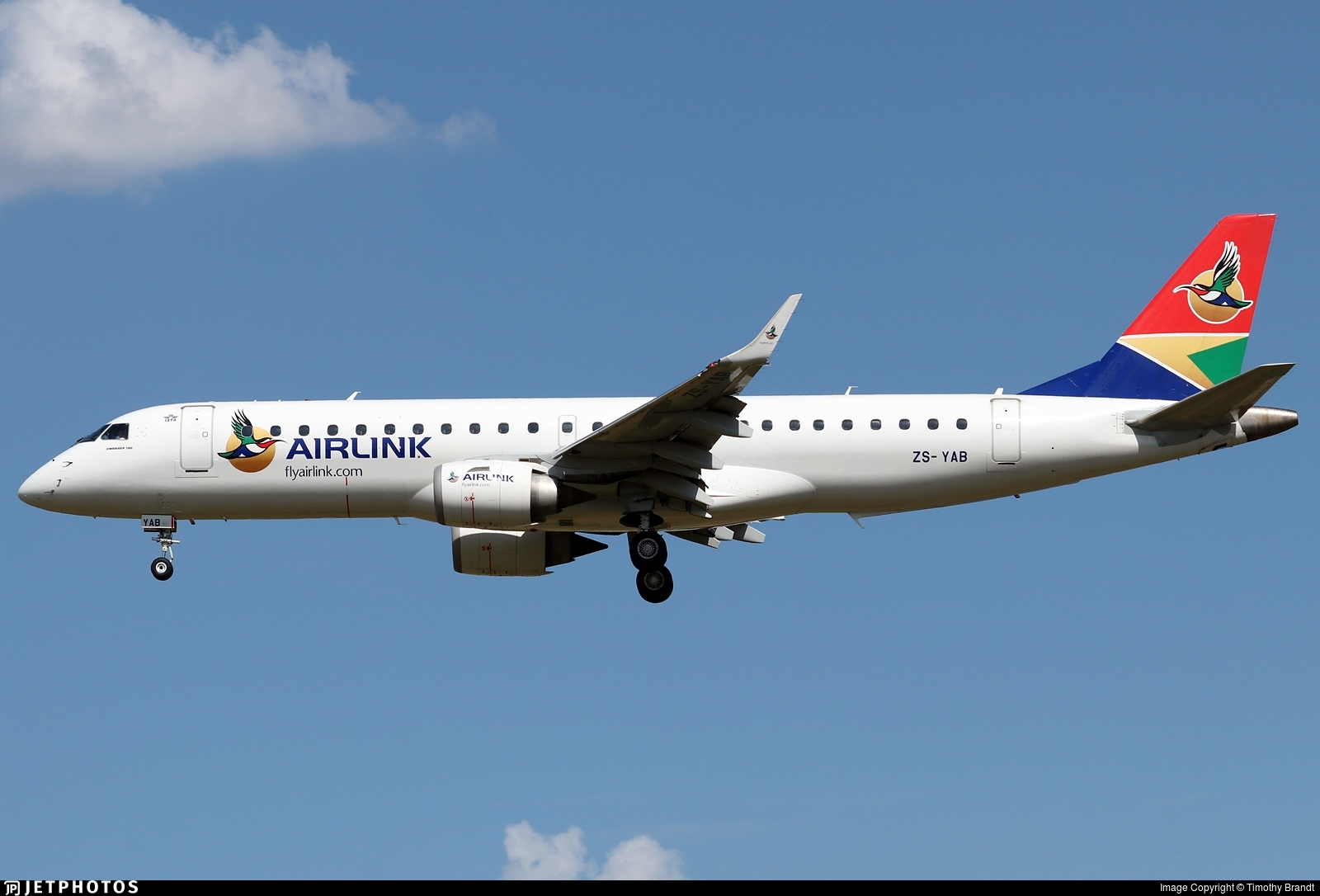 ZS-YAB - Embraer 190-100LR - Airlink