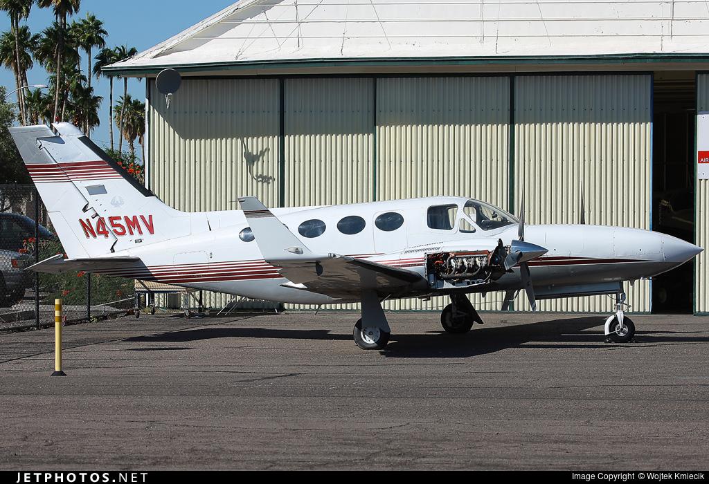 N45MV - Cessna 421C Golden Eagle - Private
