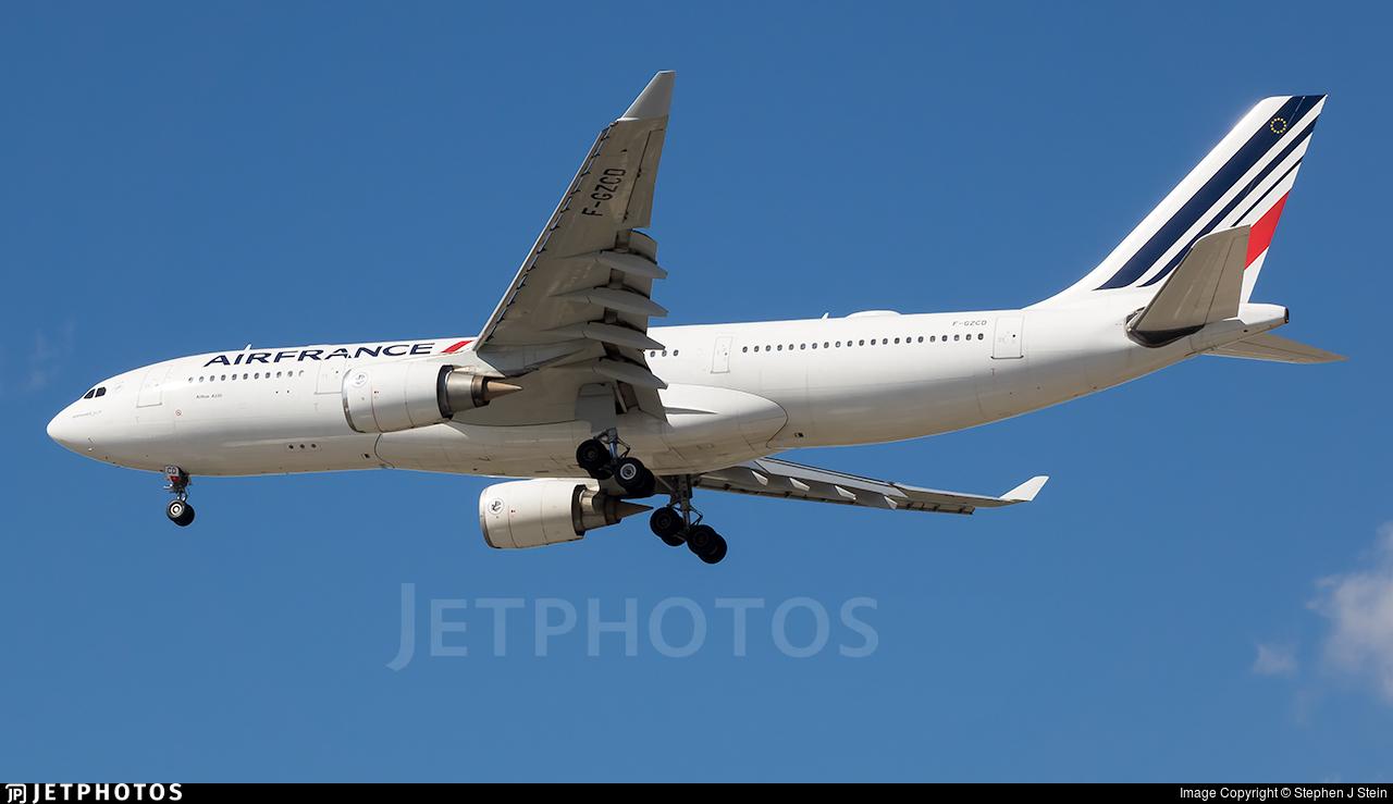 F-GZCD - Airbus A330-203 - Air France