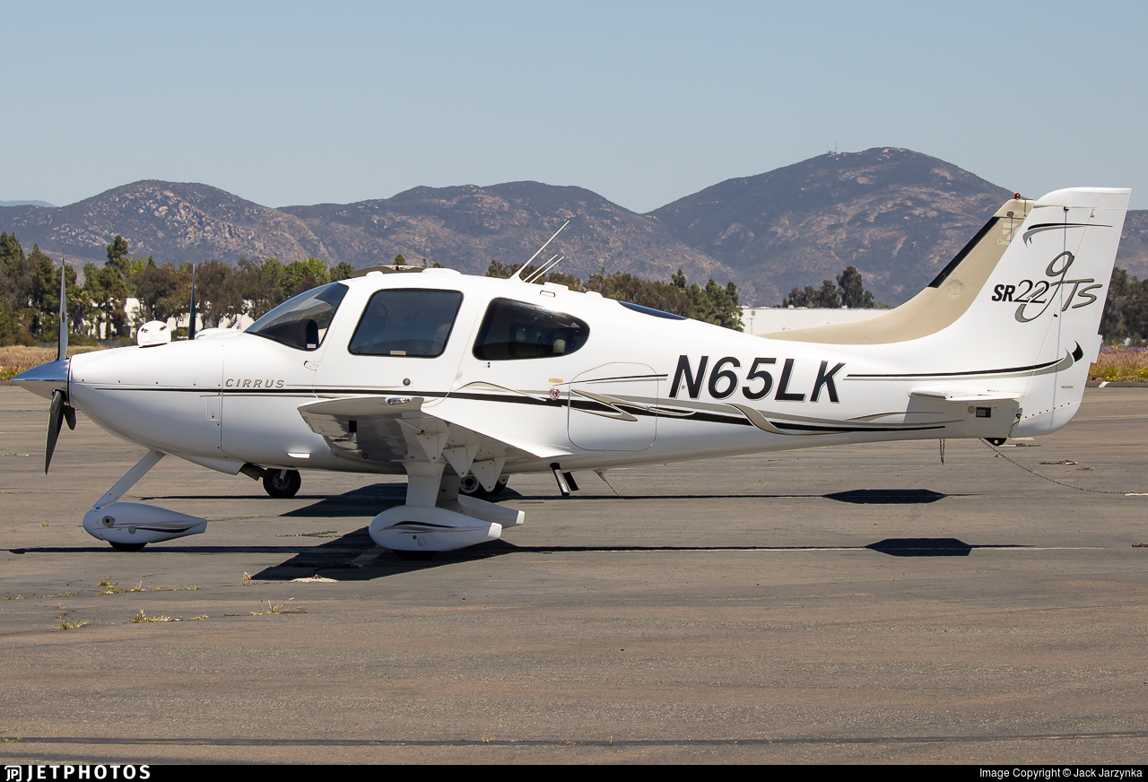N65LK - Cirrus SR22 G2 GTS - Private