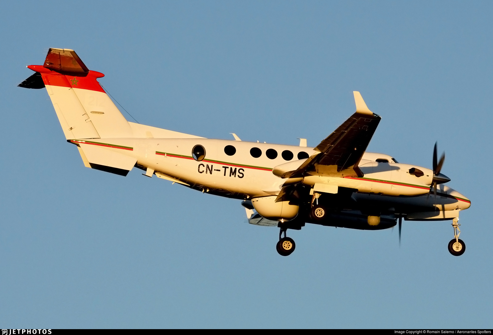 Beechcraft Super King Air 350ER - Page 4 40435_1554063360