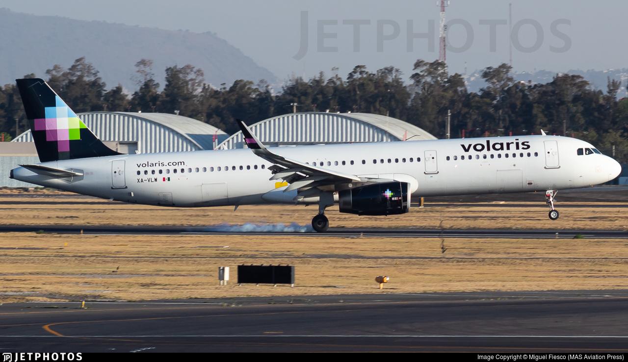 XA-VLW - Airbus A321-231 - Volaris