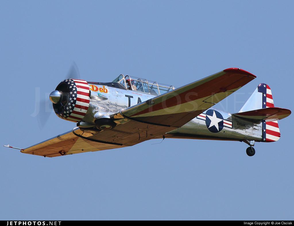 "Texan T-6 TA-349 ""Dazzlin' Deb"" - 1/32 [Terminé] 41107_1410006855"