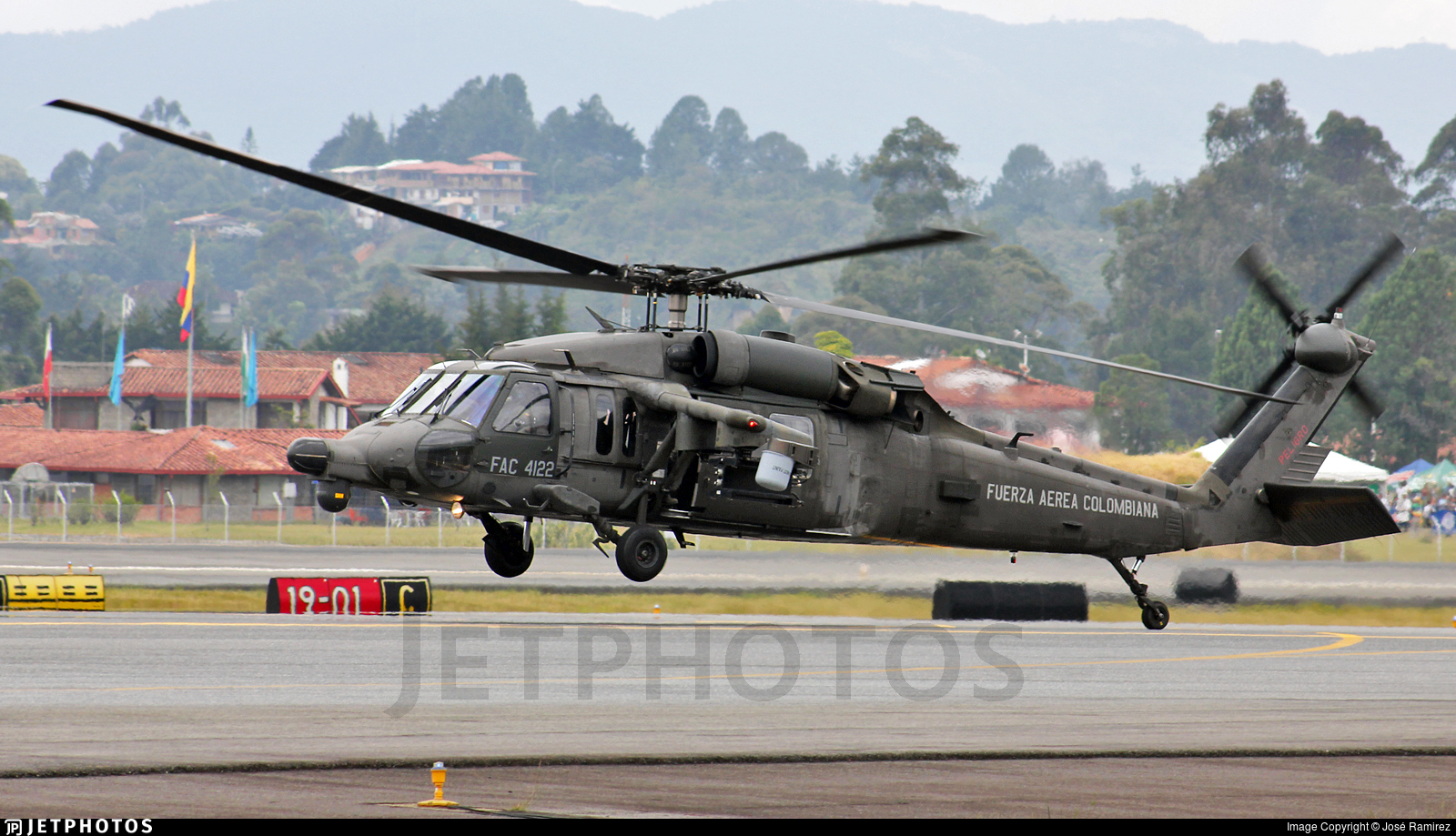 FAC4122 - Sikorsky AH-60L Arpia IV - Colombia - Air Force