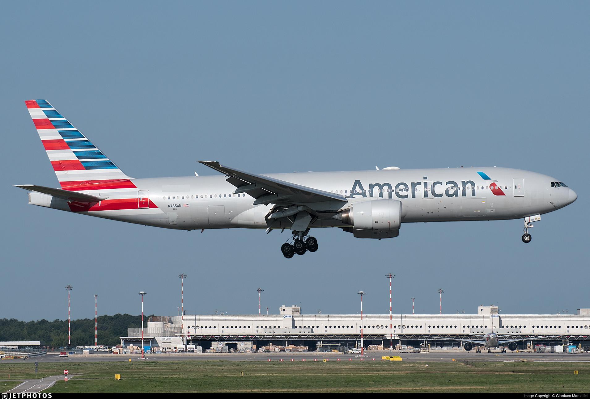 N785AN - Boeing 777-223(ER) - American Airlines