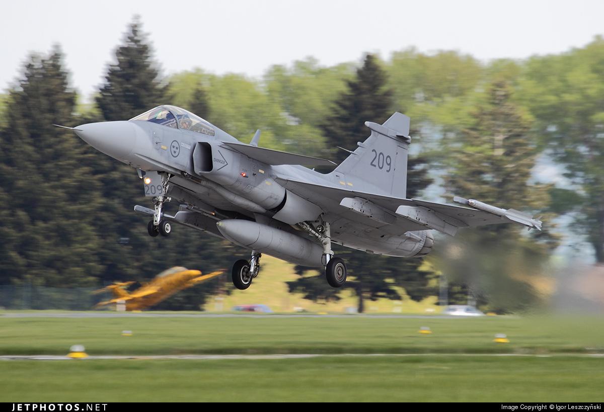 209 - Saab JAS-39C Gripen - Sweden - Air Force