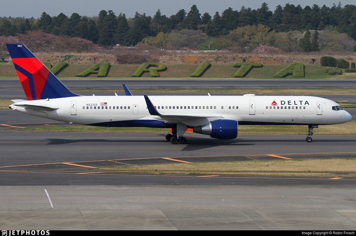 N821DX - Boeing 757-26D - Delta Air Lines