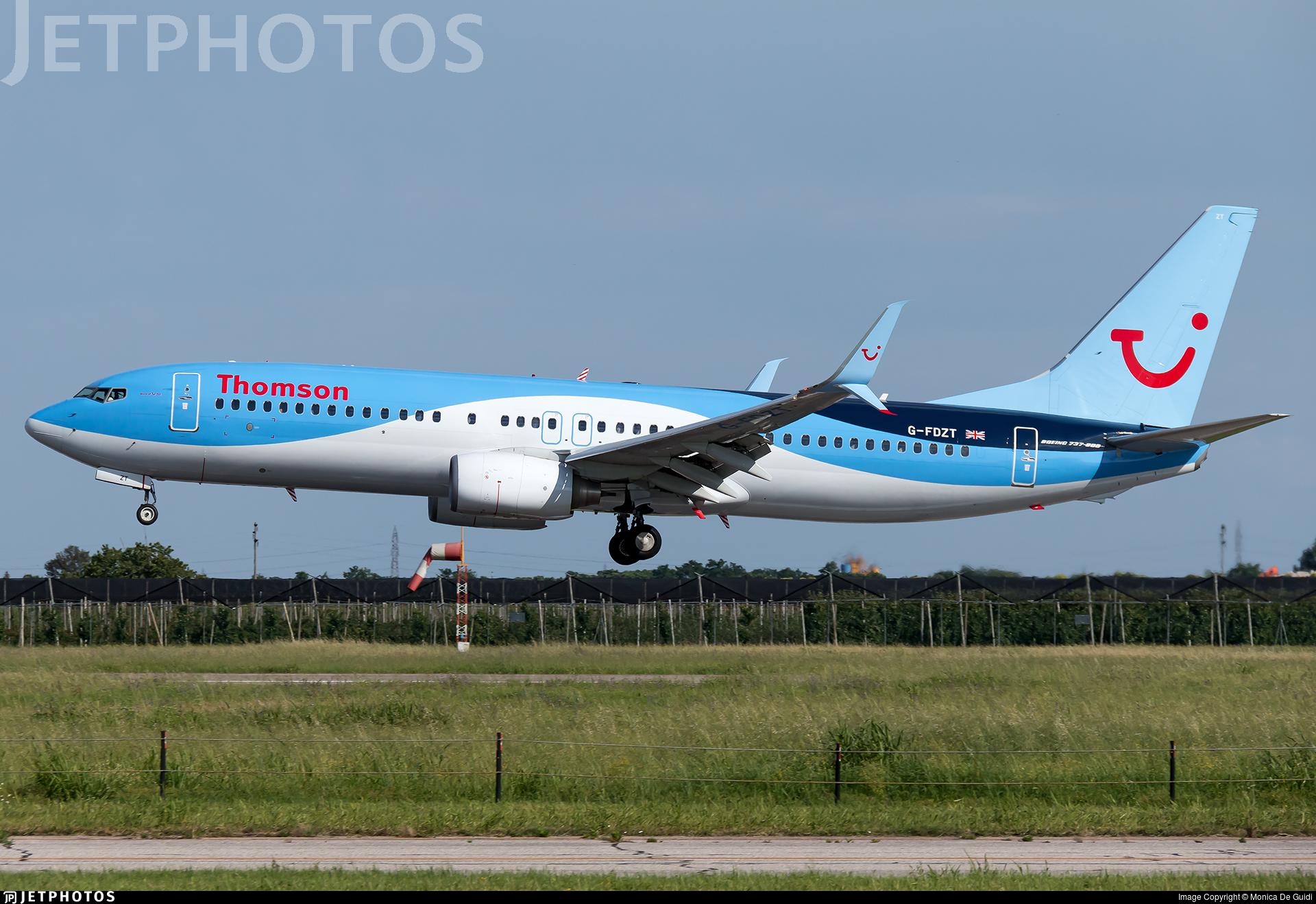 G-FDZT - Boeing 737-8K5 - Thomson Airways