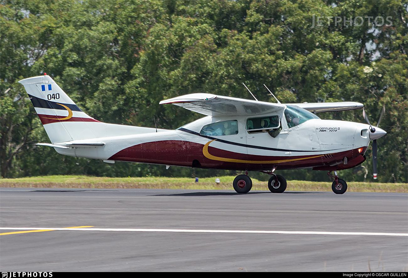 040 - Cessna T210R Turbo Centurion II - Guatemala - Air Force