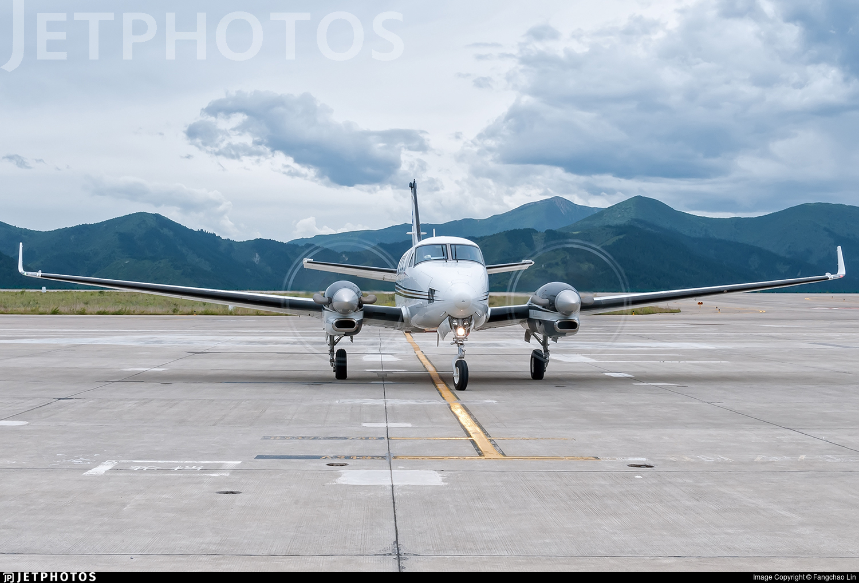B-7758 - Beechcraft C90GTi King Air - XiHua General Airlines